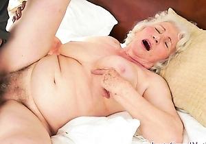 cumshots,hairy pussy,hd videos,japan amateur,japan mature,japanese old ladies,legs,spreading,