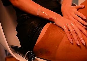 creaming,cumshots,hd videos,heels,japan amateur,japan secretary,lingerie,nylon,pantyhose,webcam,