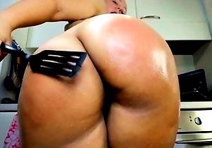 hd videos,huge ass,japan brunettes,japanese milf,japanese with big boobs,masturbating,spanking,