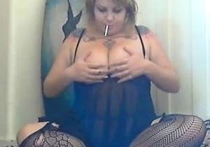 camgirl,fetish,fingered,masturbating,smoking,thick japanese women,