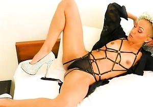 american,ebony,hd videos,in the bedroom,japanese milf,lingerie,pov,pussy,striptease,