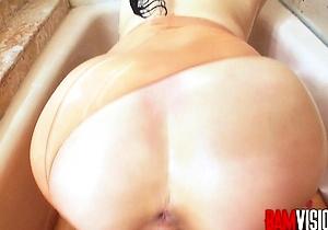 big dick,blowjob,cumshots,footjob,hd videos,in the bathroom,japan brunettes,japanese fuck,young japanese,