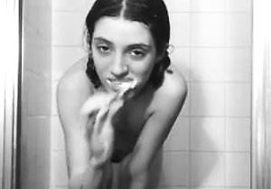 japan amateur,naked japanese,shower,