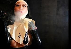 bondage,female domination,hardcore,hd videos,japan bdsm,latex,mistress,stockings,tattoos,