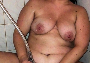 hd videos,japan housewife,masturbating,natural tits,orgasm,pussy,shower,
