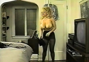 american,hd videos,japanese with big boobs,natural tits,pantyhose,retro,striptease,vintage,