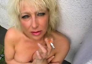 hd videos,heels,japan bitches,japan erotic,japan mature,japan moms,latex,smoking,upskirt,