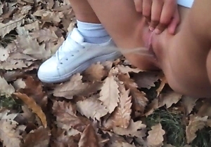 hd videos,in the forest,japan amateur,outdoors,pissing,pussy,