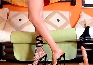 amazing japan,beauty japan,ebony,feet fetish,foot fetish,heels,home sex,japan erotic,legs,webcam,