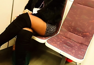 ebony,hd videos,legs,lingerie,nylon,pantyhose,sexy japanese,stockings,