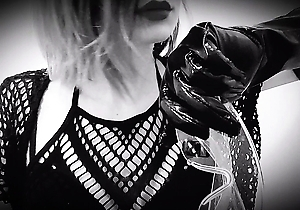 face sitting,female domination,fisting,hd videos,japan bdsm,pissing,spanking,
