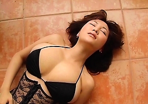 bikini, hd videos, japanese idols, japanese with big boobs, striptease,