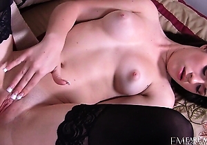hd videos,japan brunettes,lingerie,masturbating,pussy,sex,sex toys,stockings,