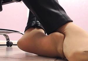 close up,feet fetish,foot fetish,hd videos,nude japanese,pantyhose,webcam,