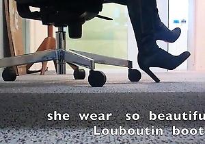 boots,cute japan girls,foot fetish,hd videos,heels,nylon,pantyhose,