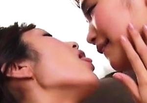 dildos,japan lesbians,kissing,pussy,strapon,