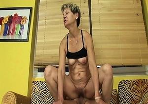 dildos,hairy pussy,hd videos,japanese old ladies,masturbating,position 69,sex,sex toys,vibrator,